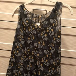 Cabi Navy with floral tank size M